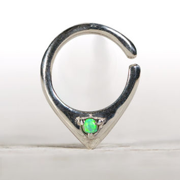 Opal Septum Ring Nose Ring Body Jewelry Sterling Silver with Light Green Opal Bohemian Fashion Indian Style 14g 16g - SE034R SS OP11