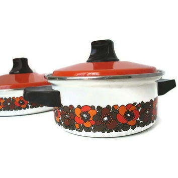 Vintage Enamel Cookware Pot & Sauce Pan Orange by TheRetroStudio