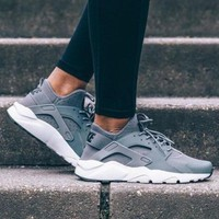 NIKE AIR HUARACHE Women Fashion Running Sports Shoes grey