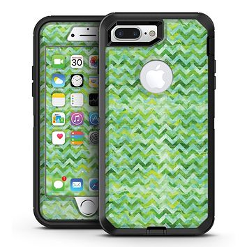 Green Basic Watercolor Chevron Pattern - iPhone 7 Plus/8 Plus OtterBox Case & Skin Kits