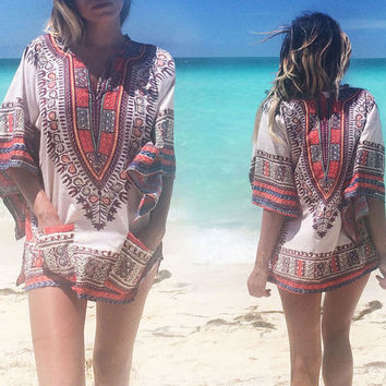 Vintage 1970's White Angel Sleeve Dashiki || Native Bohemian Hippie African Tunic Dress || Size Small Medium