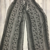 Beach Day Pants - Black Patterned