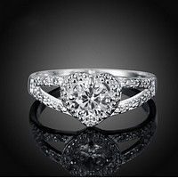 New fashion heart-shaped ring love zircon female ring