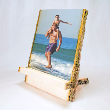 WOOD TABLET STAND: Personalized Tablet Stand, Rustic Stand, Photo on Wood, Photo Gift, Basswood Slice, Holiday Gift for Men, Country Gift