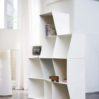Bookcase TOTEM white by Design by nico