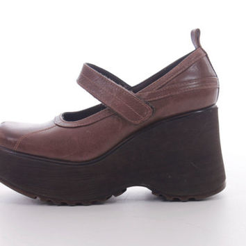 90s Brown Leather Platform Steve Madden Mary Janes Shoes Vintage Preppy Goth Grunge Chunky Footwear Womens Size US 7.5 UK 5.5 EUR 38