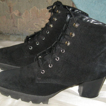 Vintage Victorian Style  Granny Lace Up Jet Black suede  Leather Ankle Boots Witch