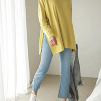 Moodless Side Slit Loose Top