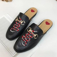 2018 Hot ! Gucci Spring Summer Snake Embroidery Flat Sandal Slipper Shoes