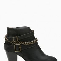 Black Faux Leather Chained Chunky Booties @ Cicihot. Booties spell style, so if you want to show what you're made of, pick up a pair. Have fun experimenting with all we have to offer!