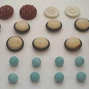 Vintage Buttons 1920S-40S Plastic Bakelite 25 of Them
