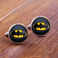 Cuff  links,Batman Lighting  cufflinks,Weeding gift,personnality gift,Photo cufflinks,Superhero cufflinks  ec007