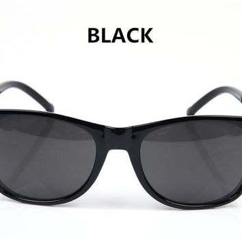 Vintage Men's or Women's Sunglasses.  Great Product for a great Price!