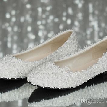 Full size Stock 2016 Beautiful Sexy White Satin Lace Wedding Shoes Flats Bridal
