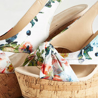 Height-Hearted Wedge in Floral | Mod Retro Vintage Heels | ModCloth.com