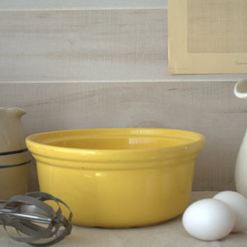 Bright Yellow Farmhouse Kitchen Stoneware Casserole Bowl