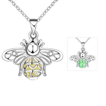 Glowing Luminous pendant necklace Hollow moths gargantilha sport
