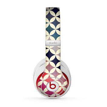 The Overlapping Retro Circles Skin for the Beats by Dre Studio (2013+ Version) Headphones