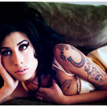 Amy Winehouse Stronger than Me Portrait Poster 11x17