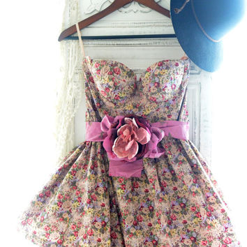 French country floral dress, Romantic shabby cottage chic spring dresses, Parisian Floral Sundress, Fashion week, Girly. True rebel clothing