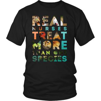 Veterinary T Shirt - Real Nurses treat more than one species