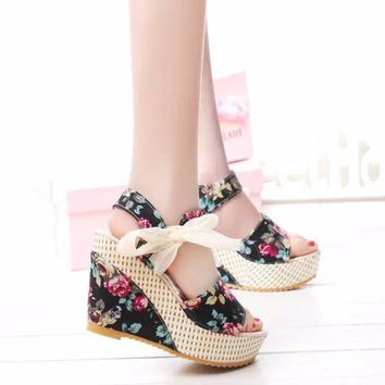 Lovely Floral Print Ribbon Open Toe Wedges