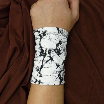 Tube Bracelet, Stretch Wrist cuff,Fashion accessory,Tattoo Cover,endless loop cuff,infinity bracelet,Fabric Jewelry,elastic cuff,arm cuff.