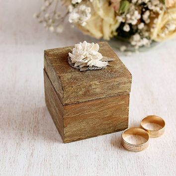 Small Wood Ring Box, Engagement Ring Box, Rustic Wedding Ring Box, Keepsake Box, Small Wooden Ring Bearer Box, Wooden Wedding Ping Holder
