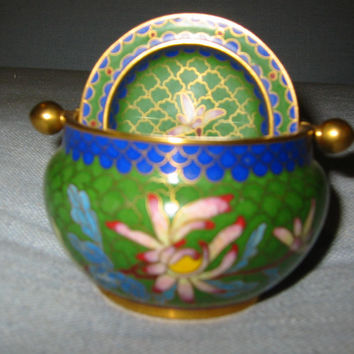 Asian Green Rolltop Cloisonne Covered Bowl Decorated Lotus Flowers