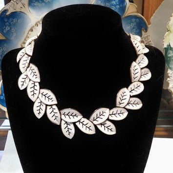 Vintage Trifari White Enamel Leaf Leaves Necklace Mid Century 1950s Wedding Bride Bridal Spring Prom Dance Designer Runway Statement Jewelry