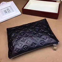 LV Louis Vuitton MEN'S MONOGRAM LEATHER ZIPPER HAND BAG