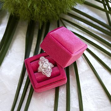 Sweetest Confection - Vintage Style Velvet Ring Boxes