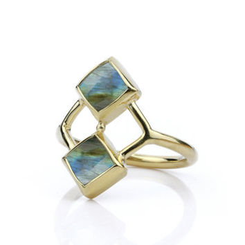 Labradorite ring,bezel set ring,gemstone ring,engagement ring,square stone ring,gold ring,stacking ring,solid gold ri