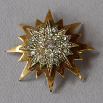 Antique Victorian Starburst Brooch Paste Gilt over Brass Domed Eight Point Star Late 1890's // Vintage Costume Jewelry