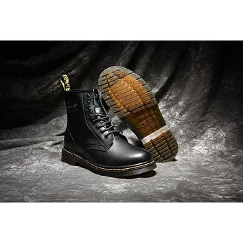 dr martens classic 8 holes high top men women boots color black
