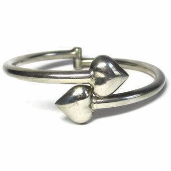 Vintage Mexican Sterling Heart Bangle Bracelet