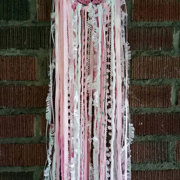 Pink Dreamcatcher, Nursery Decor,Small Dreamcatcher,Wallhanging,Crocheted Dreamcatcher,Wall art,Yarn art, Wall decor