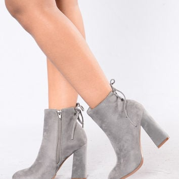 Not Tied Up Boot - Grey