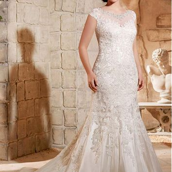 [256.99] Elegant Tulle Bateau Neckline Mermaid Plus Size Wedding Dress With Lace Appliques - dressilyme.com