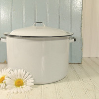 Black on White EnamelWare Large Stock Pot - With Matching Lid - Vintage Mid Century CookWare - Shabby Chic Farmhouse