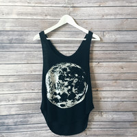 To The Moon Tank