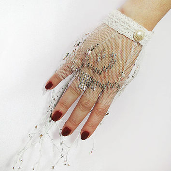 Wedding Gloves,Lace Wedding Accessory, Bridal accessory, Fingerless Gloves, Ivory,hand embroidery