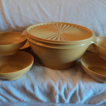Vintage Tupperware/Salad Serving Bowl/ Six individual salad bowls