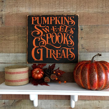 Fall Decorations,Halloween Decorations,Pumpkin Treats Sign,Fall Decor,Fall Signs,Halloween Wood Signs,Pumpkin Spice,Fall Wood Sign,Pumpkins