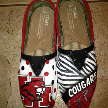 University of Houston hand painted TOMS