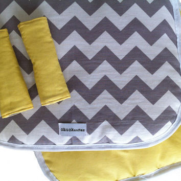 Reversible Pram/Stroller Liner Grey Chevron and by chuckandtaz