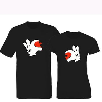 Hands Holding Half Puzzle Heart Printed T-Shirt - Couple Crew Neck Novelty Tee Shirt
