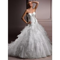 Attractive Sweetheart Sleeveless Tulle wedding dress