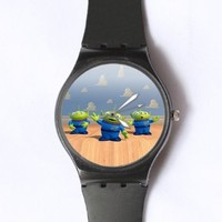 Custom TOY STORY Little Green Man Watches Classic Black Plastic Watch WT-0832