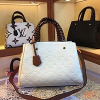 HCXX 19Aug 024 LV M44671 Louis Vuitton Montaigne BB Fashion Casual Flight Bag Hight-capacity Handbag White Size 33-23-15CM
